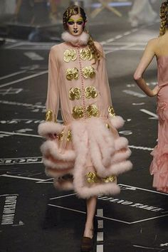 John Galliano - Fall 2005 Ready-to-Wear