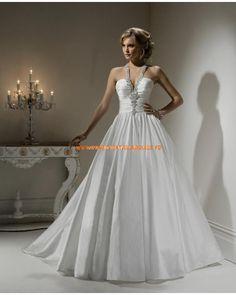 Robe de mariée princesse taffetas avec bretelle au cou