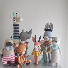 Fin farvepalette Crochet Patterns Amigurumi, Amigurumi Doll, Crochet Dolls, Knitting Patterns, Cute Crochet, Beautiful Crochet, Crochet Baby, Crochet Animals, Handmade Toys