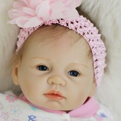 180.00$  Watch now - http://alifex.worldwells.pw/go.php?t=32762730254 - 55cm 22 inch reborn baby dolls with cloth lifelike newborn baby D2 180.00$