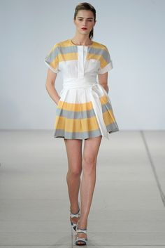 Jonathan Saunders Spring 2011 Ready-to-Wear