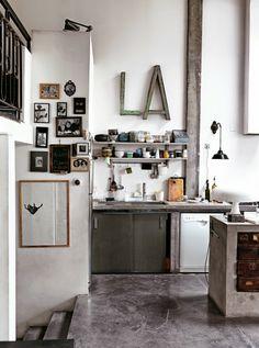 我們看到了。我們是生活@家。: 充滿詩意且帶工業風的巴黎家!Virginie與Alfonso的家,原本是舊鈕扣工廠