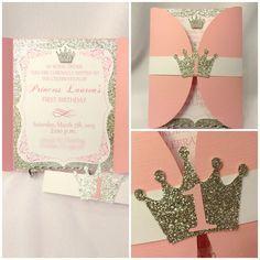Invitaciones de cumpleaños de princesa oro y por CraftySistersPlus1