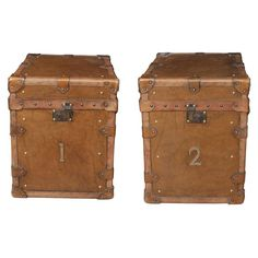 Pair of Vintage Steamer Trunk Luggage Boxes Side Tables 1