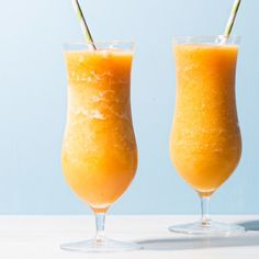 Who says blender cocktails can't contain farmers' market produce? Here's a drink that highlights our favorite late-summer fruit.