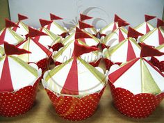 Caketutes Cake Designer: Festa Circo Vintage Circus cake - cupcake