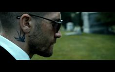 Southpaw movie Billy Hope Jake Gyllenhaal Tom Ford sunglasses bird tattoo
