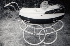 Vintage Pram, Baby Prams, Beautiful Babies, Bobs, Baby Strollers, Children, Pictures, Young Children, Photos