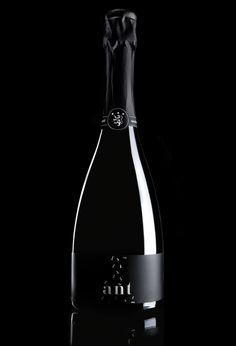Wine label for an Italian WineryArt direction: MarcoViolaStudio