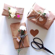 gift wrapping ideas with flowers - Google Search