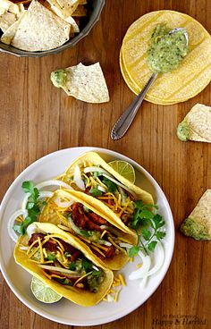 spicy chicken tacos with roasted tomatillo salsa verde