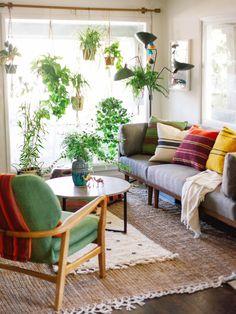 Han's Living Room Retreat — OLD BRAND NEW