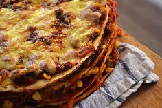 Met wraps kun je alle kanten op, maak bijvoorbeeld deze Mexicaanse wraptaart. Boordevol groenten en met een typisch Mexicaanse smaak. Leuk én lekker.