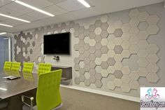 Meeting Room Design Inspiration Inspiring office meeting rooms reveal their playful designs. The room design inspiration comes from listings from their site. Corporate Office Design, Office Interior Design, Office Interiors, Room Interior, Flur Design, Hall Design, Lounge Design, Office Wall Decor, Room Wall Decor