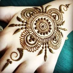 Front Hand and Foot Mehndi Designs ♥ ZoniZone ♥