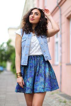 Denim Vest + H&M Skater Skirt + Summer Outfit Streetstyle Berlin