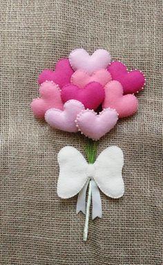 Buque de Corações para daminhas    Tamanho estimado: 25cm