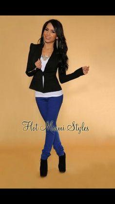 Blue pants black white azul