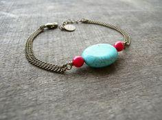 Бирюзовый браслет красного камня и тонкой цепочке бронза
