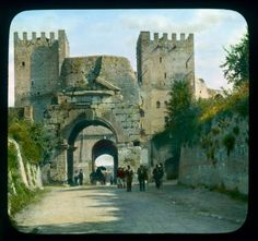 1938 Inside the P.Appia: Arch of Drusus.