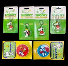 VTG Snoopy With Food Bowl Peanuts Plastic Buttons Lot of 5 Clothing Sewing UFS