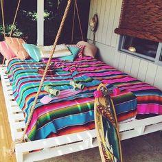 pinterest @cathryn_baldwin Outdoor Hanging Bed, Hanging Beds, Outdoor Decor, Outdoor Beds, Outdoor Pallet, Dream Catcher Bedroom, Patio, Backyard, Cozy Blankets