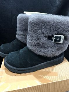 67e0648f1fb UGG Youth Ellee Boots Black Size 5  fashion  clothing  shoes  accessories