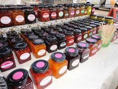 Farmers' Market, buy direct from growers and artisan producers Family Meals, Family Recipes, Small Farm, Fruits And Vegetables, Farmers Market, Preserves, Fields, Harvest, Artisan