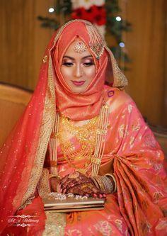 pictures of muslim wedding dresses Muslimah Wedding Dress, Muslim Wedding Dresses, Hijab Bride, Muslim Brides, Wedding Dresses For Girls, Saree Wedding, Pakistani Bridal Jewelry, Pakistani Bridal Dresses, Bridal Hijab Styles