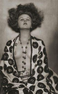 Dora Kallmus (Madame D'Ora)     Anita Berber, Vienna