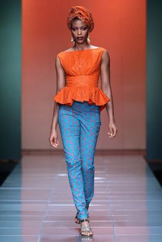 Mercedes Benz Fashion Week Africa Bongiwe-Walaza-for-M African Inspired Fashion, African Print Fashion, Africa Fashion, Ethnic Fashion, Look Fashion, Fashion Prints, Fashion Design, African Prints, Fashion Styles