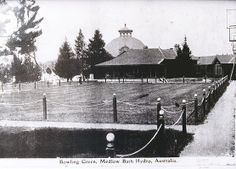 Grounds of the Hydro Majestic Hotel, Medlow Bath. Undated.