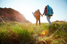 While we wait for the long-awaited return of normality and we can return to the Way of Saint James, we leave you with this article on previous training: The Way by walk. Bryce Canyon, Mountain Trails, Winter Hiking, Payday Loans, Lombok, Stock Foto, Pilgrimage, Hiking Trails, Winter Holidays