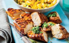 Chicken with chimichurri and sautéed corn My Recipes, Baking Recipes, Chimichurri, Recipe Search, Family Meals, Baked Potato, Delicious Desserts, Chicken, Dinner