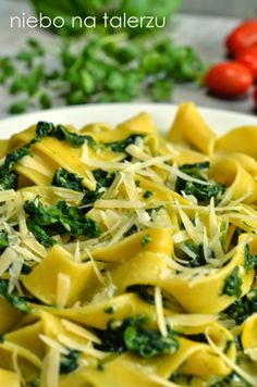 Pasta with spinach - heaven on a plate - Products I Love - Makaron Spinach Pasta, Feta, Cantaloupe, Food And Drink, Rice, Plates, Chicken, Fruit, Vegetables