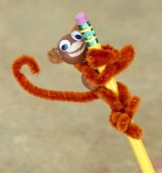 DIY Pipe cleaner monkey - adorable craft for kids // Ceruzadísz majom pipatisztítóból - kreatív ötlet gyerekeknek // Mindy - craft tutorial collection