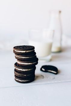 62 New Ideas Cookies Photography Oreo Milk Cookies, Oreo Cookies, Pudding Cookies, Food Photography Styling, Food Styling, Product Photography, Oreos, Vegan Treats, Food Art
