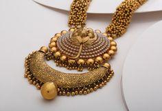 Silberschmuck - Basingstoke College of Technology Jewelry Design Earrings, Gold Earrings Designs, Gold Bangles Design, Gold Jewellery Design, Gold Jewelry Simple, Silver Jewelry, Silver Earrings, Mens Gold Bracelets, Gold Mangalsutra Designs
