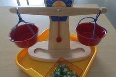 Equilibrer la balance avec des billes plates (Nathaliell)