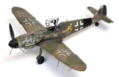 Revell 1/32 Messerschmitt Bf 109 G-6 (Late Version), painted by Chris Wauchop