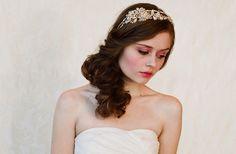 Banded Beauties: 20 Exquisite Wedding Headbands