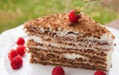 РЕЦЕПТЫ И СОВЕТЫ ХОЗЯЙКАМ: Торт «Медовик» со сметанным кремом
