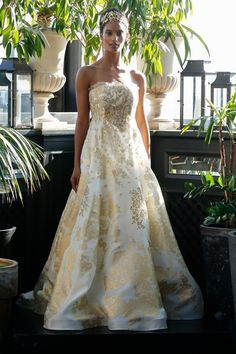See Francesca Miranda Wedding Dresses From Bridal Fashion Week Metallic Wedding Dresses, Gold Wedding Gowns, Wedding Dresses Photos, Fall Wedding Dresses, Wedding Dress Styles, Bridal Dresses, Francesca Miranda, Bridal Fashion Week, Bridal Style