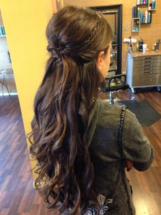 Homecoming hair updo prom