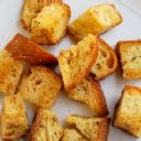 ruby tuesday croutons recipe..mmm this should get you close but I will use pumpernickel bread