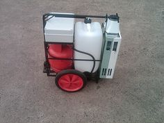 """The First Water Fed Pole """"Hot Wash"""" Mobile Trolley System"""