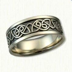 14kt White Gold Black Rhodium in Background Etch Berwick Knot Wedding Band