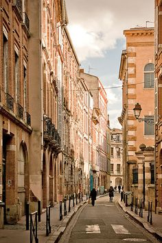 Toulouse, France:   Toulouse located in southwestern France, near the Pyrenees exists half way between the Atlantic and the Mediterranean. Toulouse is the fourth largest city in France, after Paris, Marseille and Lyon.