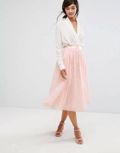 621465e21b 40 Maxi Skirt Outfits That Will Have You Dressed Perfectly for Any Occasion