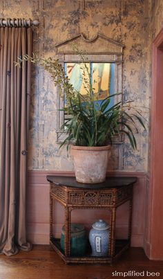 chinoiserie chic foyer with bamboo wallpaper #chinoiserie #foyer #wallpaper